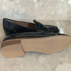 Steve Madden size 9 patent leather penny loafers.